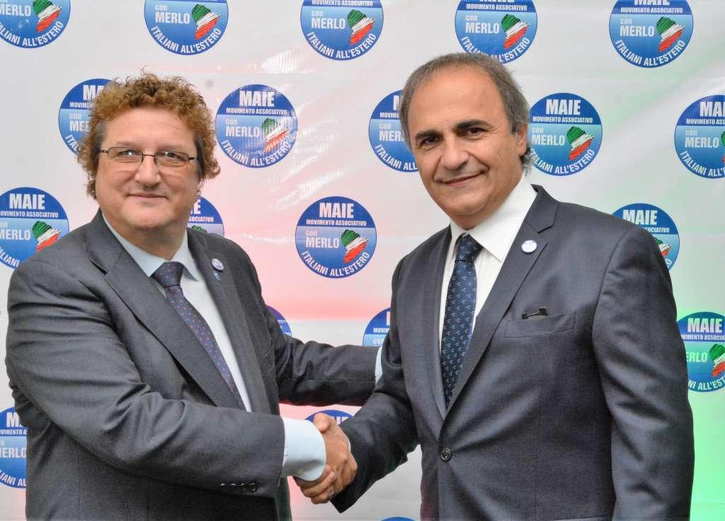 Salvatore Ferrigno (nella foto a sinistra) stringe la mano al presidente del MAIE, On. Ricardo Merlo