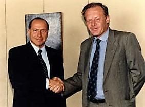 Dario Rivolta stringe la mano a Silvio Berlusconi