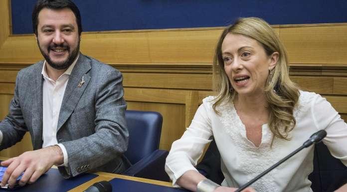 Referendum ok ridurre il numero dei parlamentari ma non for Parlamentari italiani numero