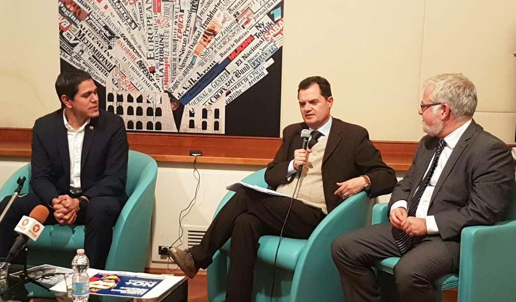 L'On. Fabio Porta interviene a una conferenza stampa sul Venezuela