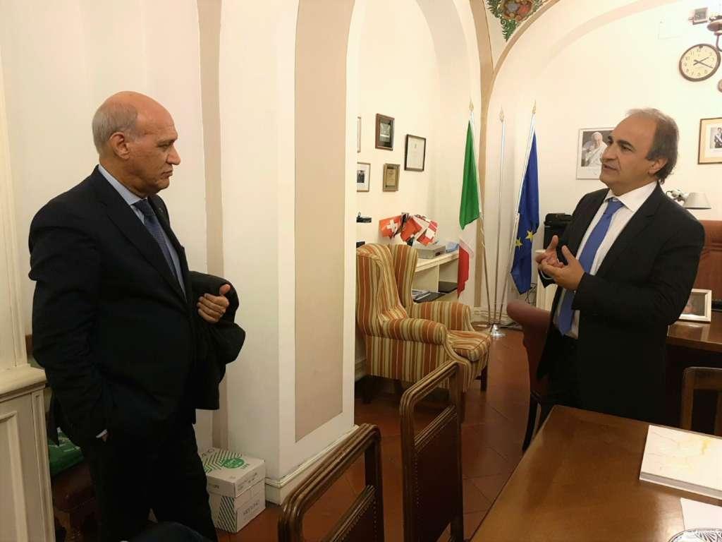 Angelo Viro, a sinistra nella foto, e il presidente On. Ricardo Merlo negli uffici del MAIE a Roma presso la Camera dei Deputati