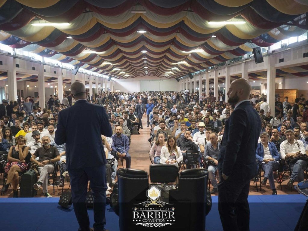 Nel mondo boom per i barber shop italiani italia for Sen martin arredo per barber shop