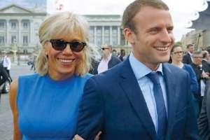 Macron e la moglie