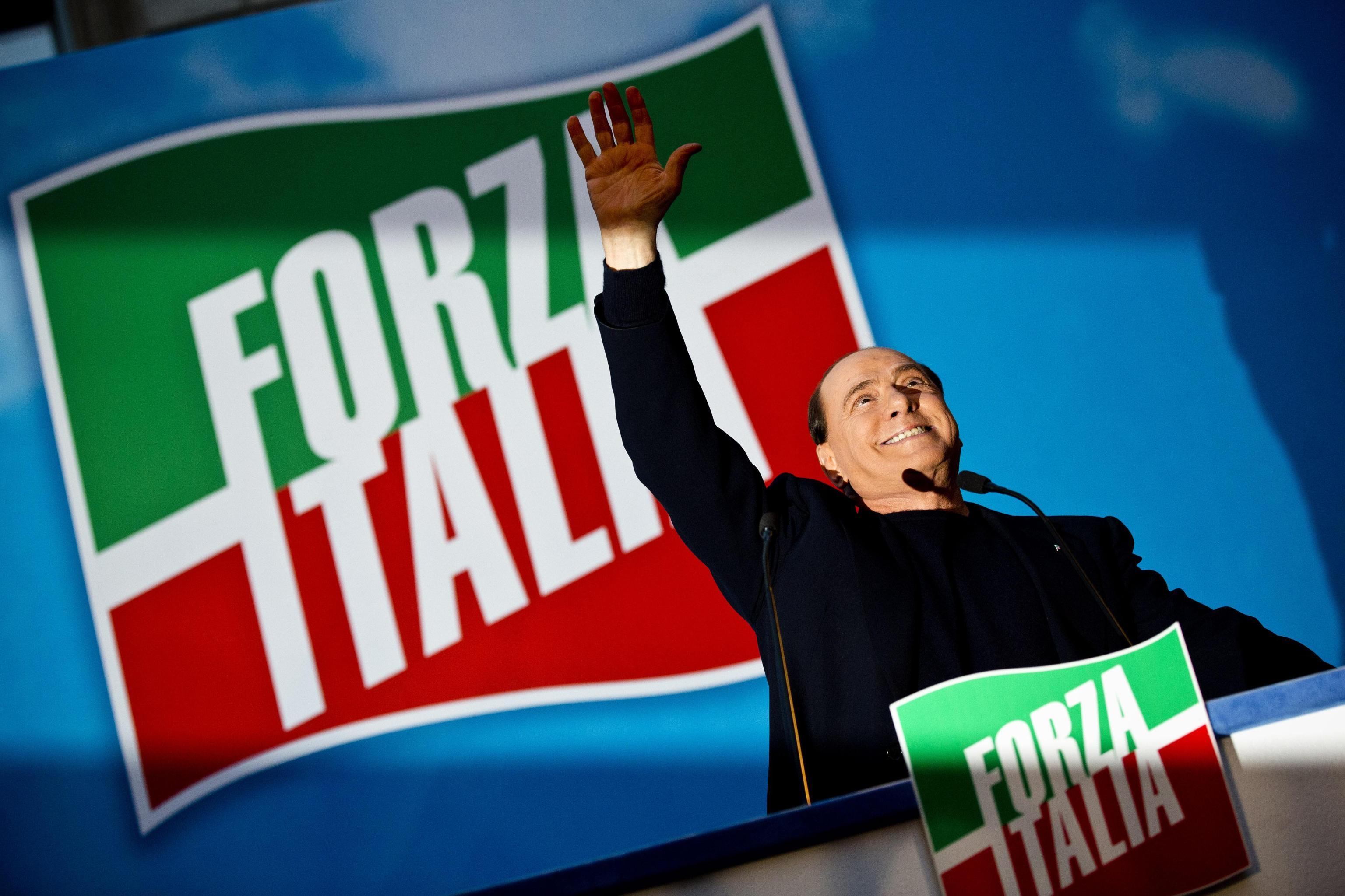 Forza italia cresce in parlamento c anche l ex grillina for Forza italia deputati