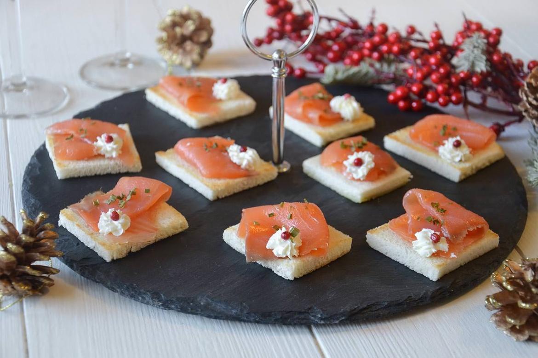 Tartine al salmone deliziose ecco la ricetta italia for Cucinare x bambini
