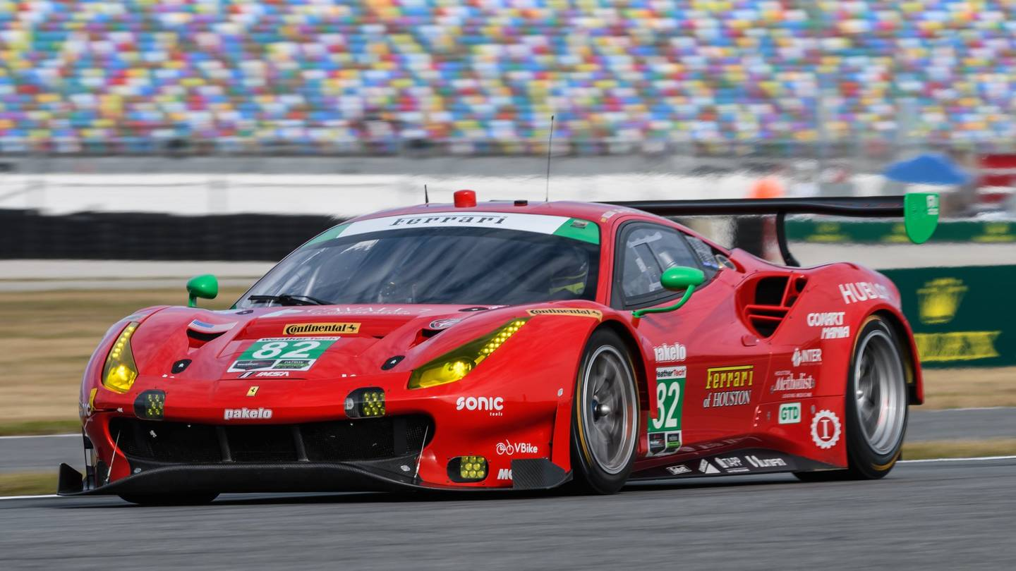 24 ore di le mans 2018 pronte le ferrari 488 gte italia chiama italia. Black Bedroom Furniture Sets. Home Design Ideas