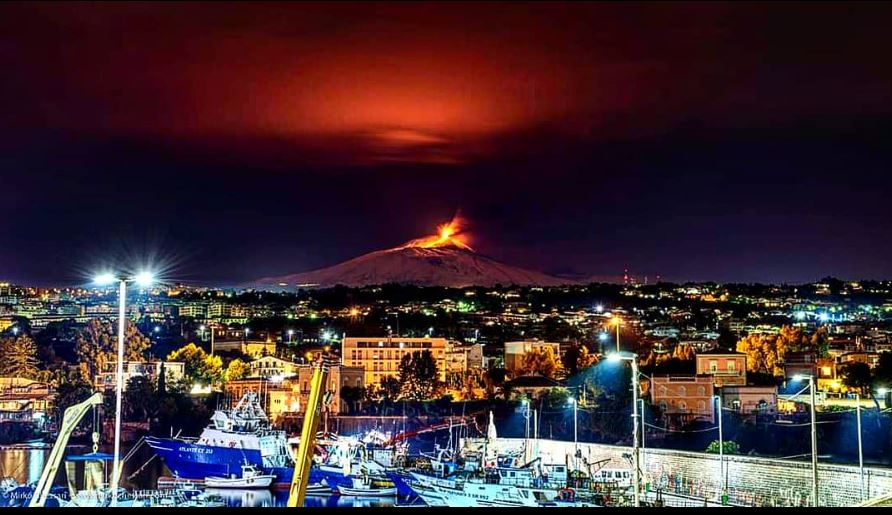 PRE-TERREMOTO   Vacanze di Natale, Catania meta più ...
