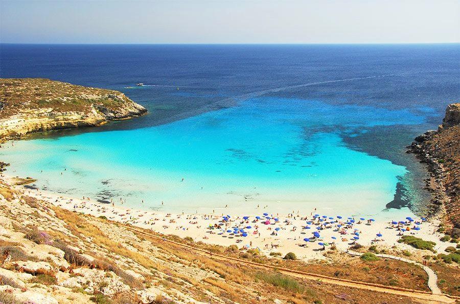 Matrimonio In Spiaggia Lampedusa : La classifica la spiaggia dei conigli a lampedusa è la più bella