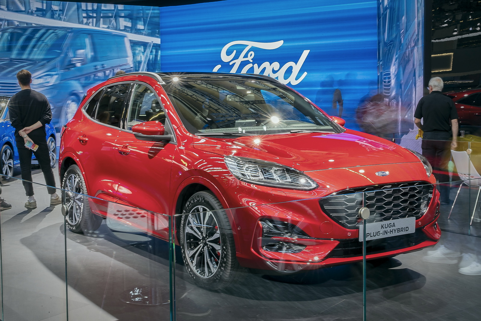 Video La Nuova Ford Kuga E Mild Hybrid Plug In Hybrid E Hybrid